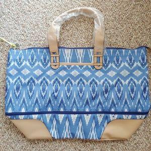 NWT Stella & Dot Getaway Bag - Indigo Ikat